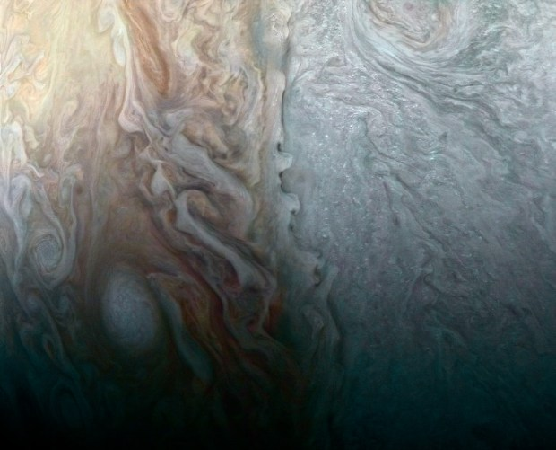 Collision of multiple atmospheric condition on Jupiter