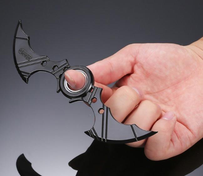 bat fidget