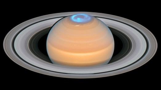 Saturn composite image of Auroras