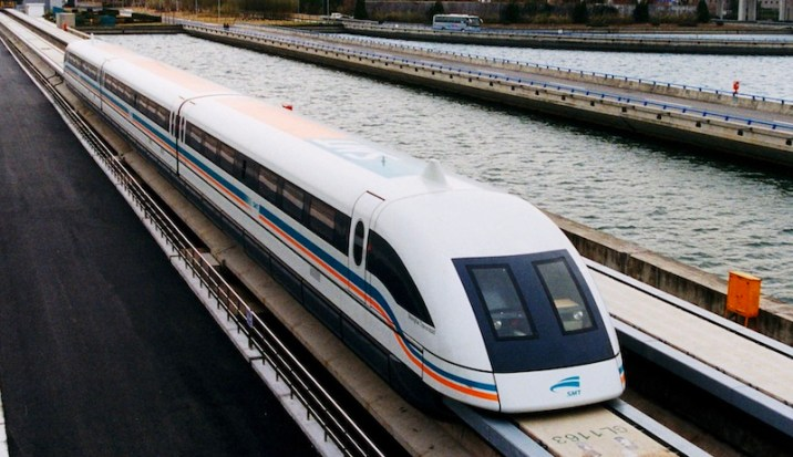 Shanghai Maglev - fastest trains in the world