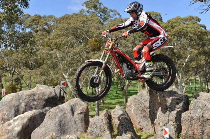 Trial dirt bike