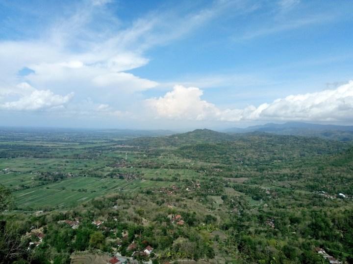 View dari Watu Payung Selo Langit