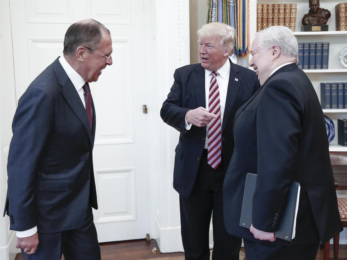 Russian Foreign Minister Sergey Lavrov (Left), President Donald Trump (Middle), and Russian Ambassador Sergey Kislyak (Right) meeting in the Oval Office — May 10, 2017