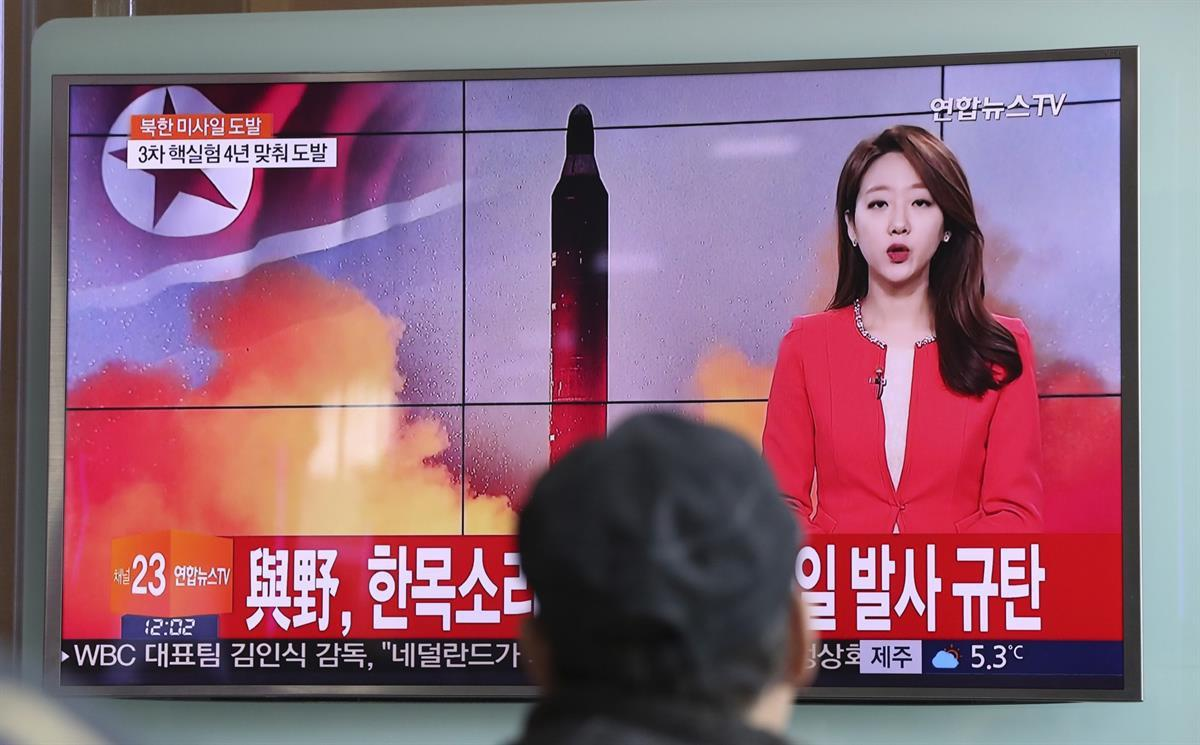 A man watches a TV news program reporting about North Korea's missile launch at the Seoul Train Station in Seoul, South Korea. — Feb. 12, 2017. (AP/Lee Jin-man)