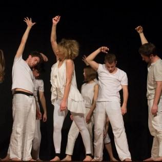 Scene aus der Performance (Foto Nico Herzog)