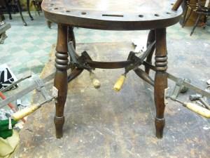 Chair Continous Arm Strecher (16)