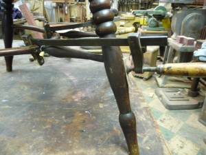 Chair Continous Arm Strecher (8)