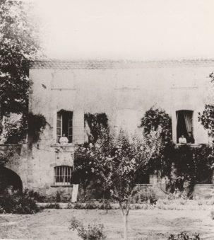 Le Moulin de Vernègues Collection Mireille Caire (reproduction)
