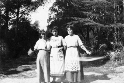 Geneviève, Marcelle, Angèle Abeille