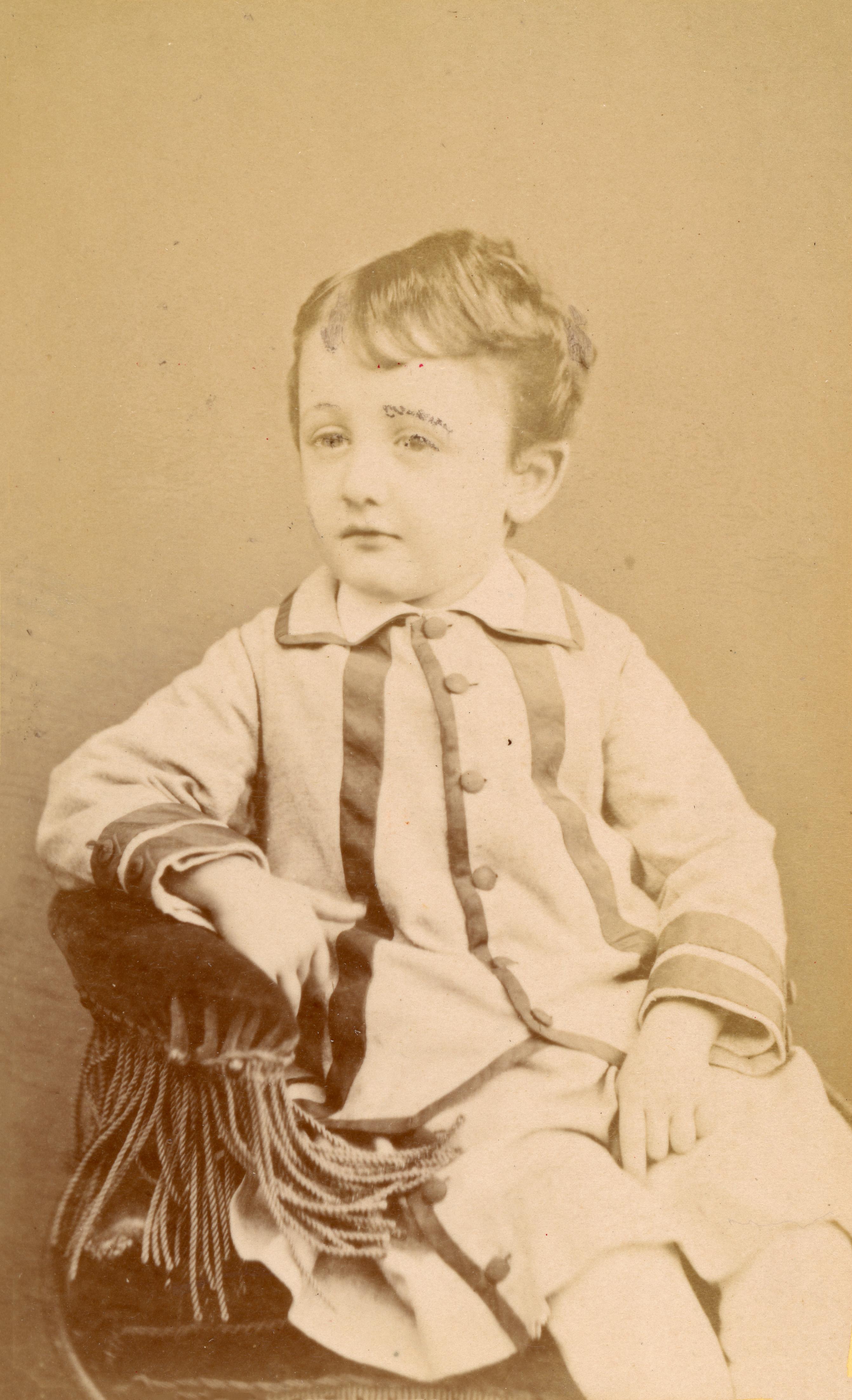 André Brian (1873-1923) agé de 4 ans 5 mois - Novembre 1877