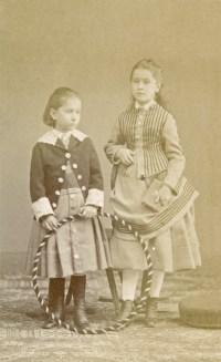 Laure et Jeanne Gérard