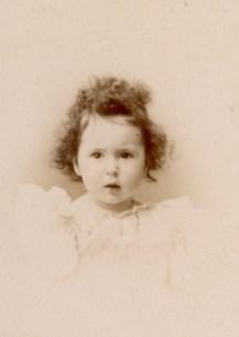 Cécile Chancel (Mme Jean de Raphélis-Soissan)(1894-1940)
