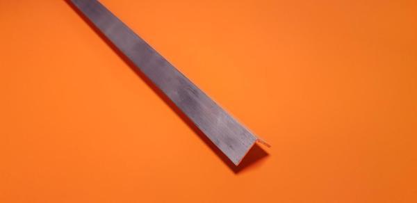 """Aluminium Angle 1"""" x 1"""" x 6.4mm"""
