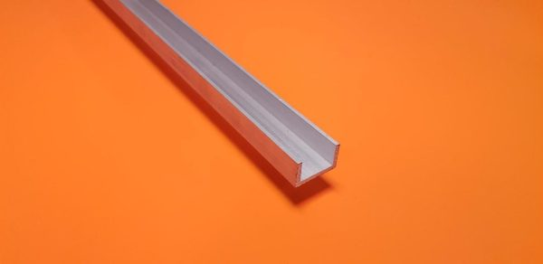 "Aluminium Channel 3/4"" x 1/2"" x 3.2mm Wall"
