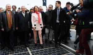 segolene-royal-inaugurates-the-solar-panel-road-in-france