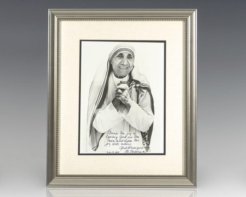 Mother Teresa Signed Photograph.