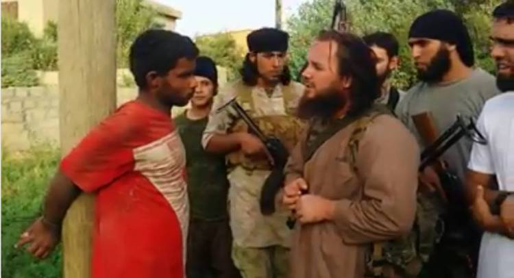 ISIS executes a young man in Deir ez-Zor, using Bazooka (RBG) to kill him