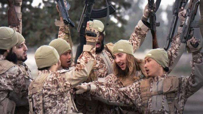 ما بين البغدادي وتروتسكي.. «داعش» يتمدد فى مستنقعات الفوضى