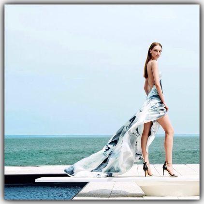 Feminilidade e leveza é o que traduz esse vestido perfeito da Alphorria