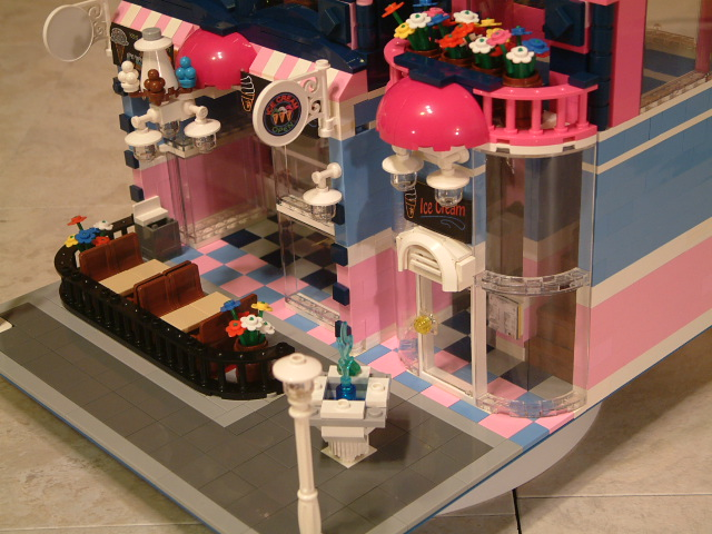Modular Custom Lego Ice Cream Shop   RareBrickSets com Modular Lego Ice Cream Shop   Custom Lego Ice Cream Parlor  Rare Lego Ice  Cream