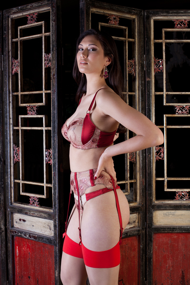 Juliette bra and suspender by Harlow & Fox SS18