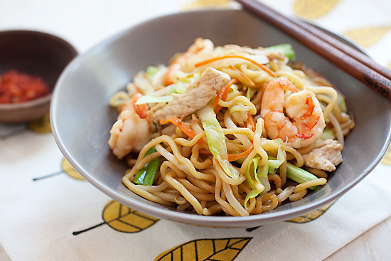 Chow Mein (Chinese Noodles)