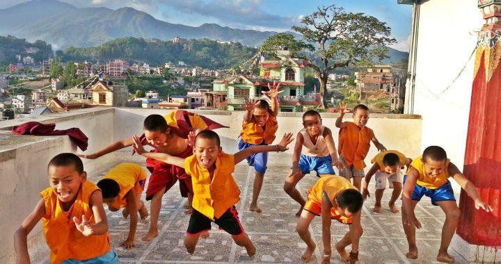 Le Yoga pour aider les enfants du Népal