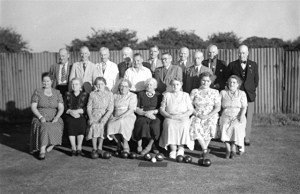 82. Bowls Club. Rasen Mail glass neg 082