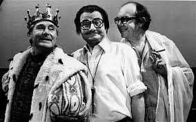 Eric and Ernie in one of Ernie's famous sketches