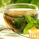 Fresh Mint and Ginger Lemonade
