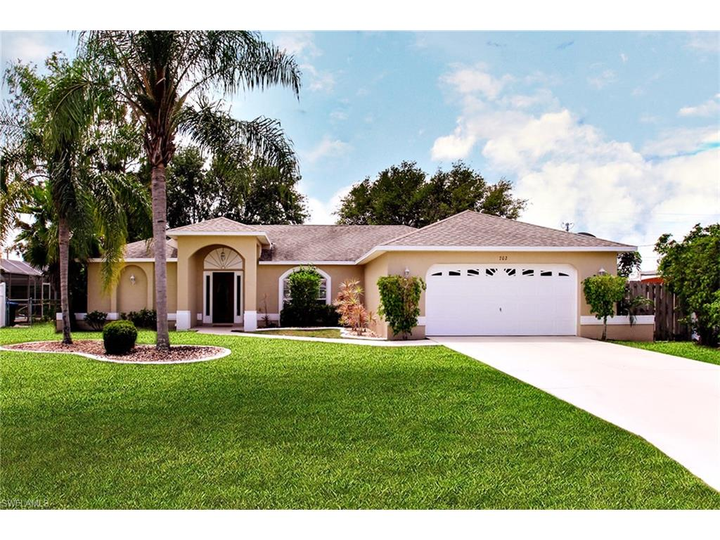 702 SE 34th St., Cape Coral, FL 33904
