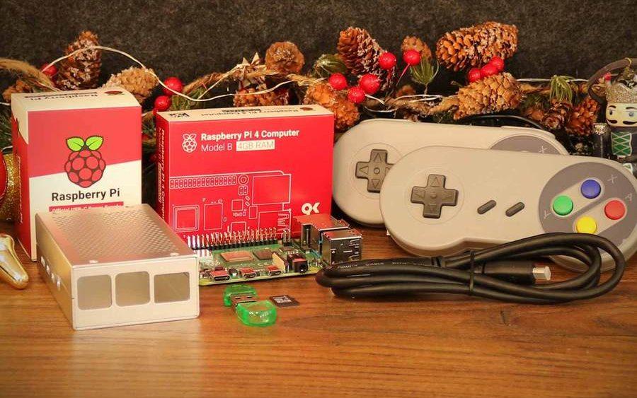 Raspberry Pi retro Gaming kit Xmas 900x edited