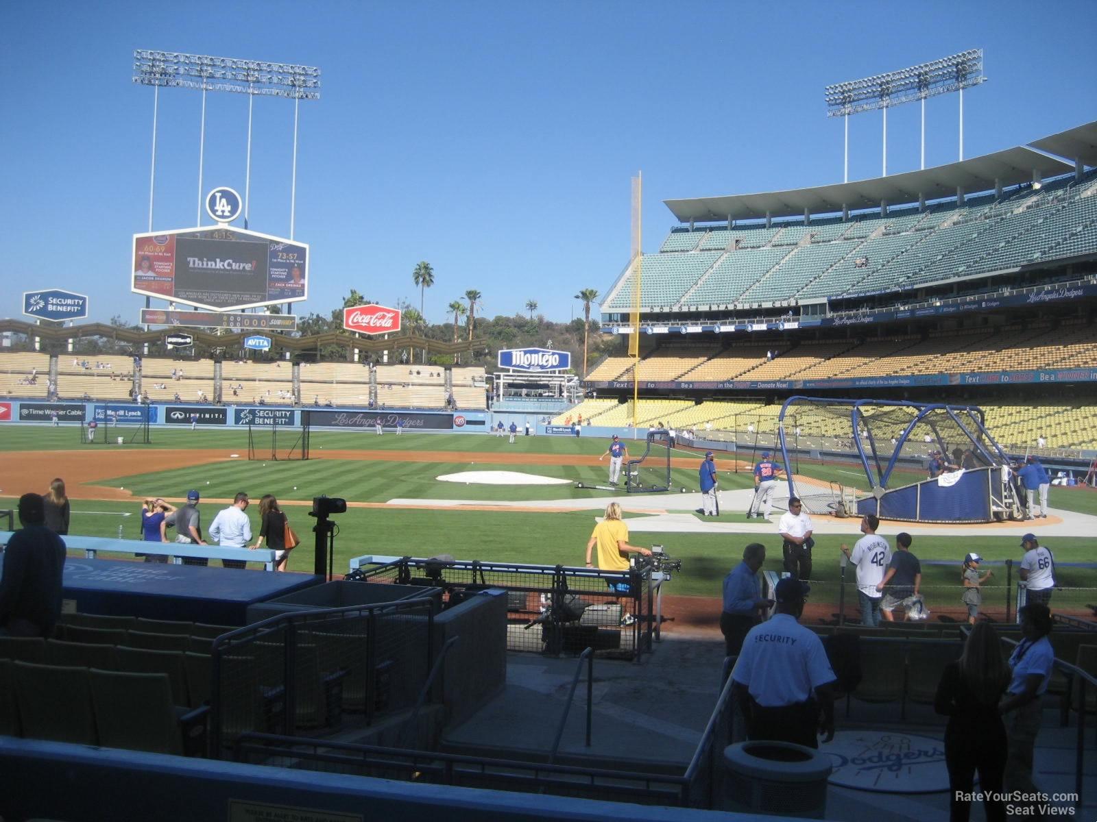 Stadium Hndicap Dodger Seating