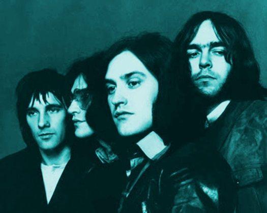Arthur album: black & white photo of the Kinks 1969 tinted blue.