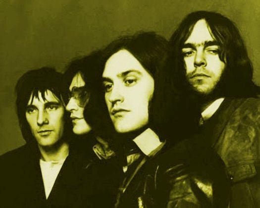 Arthur album: black & white photo of the Kinks 1969 tinted green.