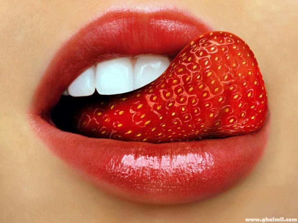 TongueStrawberry