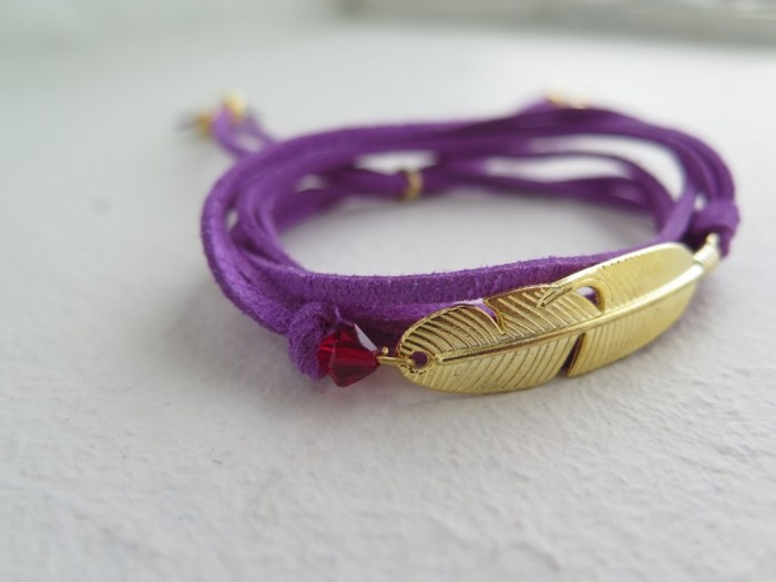 Gold Feather Wrap (2)