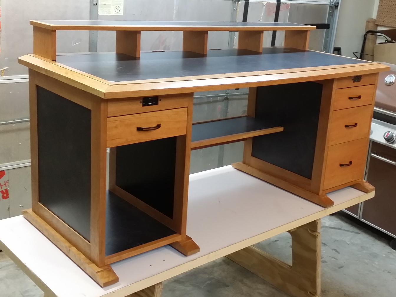 Build Wood Workbench Plans  pdf diy wood gear clocks free download