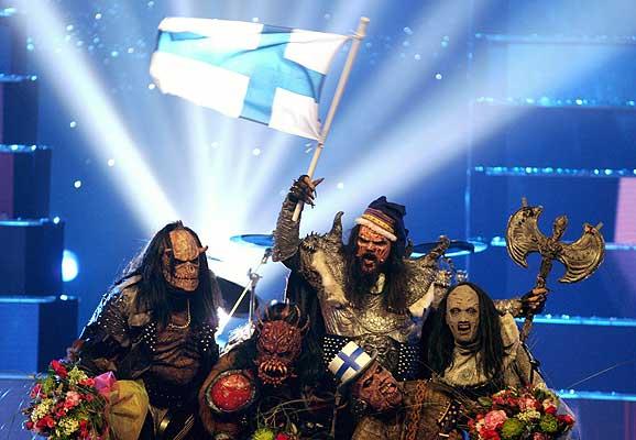Una pandilla de orcos gana Eurovisión.