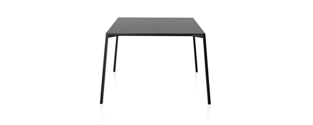 Magis Table_One Outdoor
