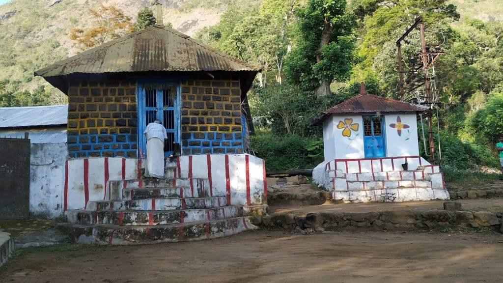 Temples at Vallagavi Village