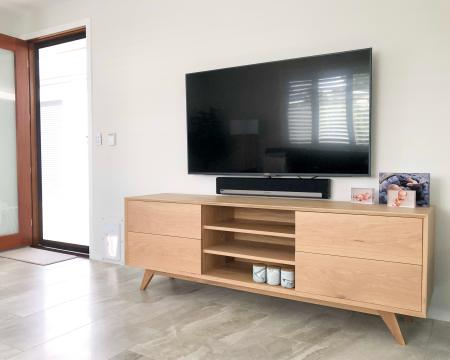 Timber entertainment unit, custom made sunshine coast, raw maroochydore, timber furniture maker