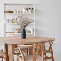 round timber dining table Sunshine Coast