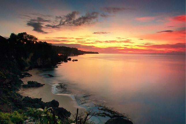 Sunset di pantai Tegal Wangi