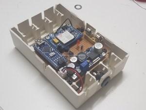 PCB Arduino en SIM800L module inbouwkast
