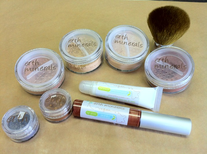 Erth Mineral Makeup Giveaway