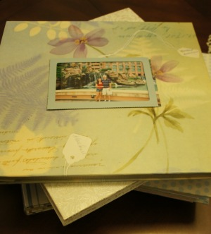Homemade Holiday Gifts ~ Scrapbooks