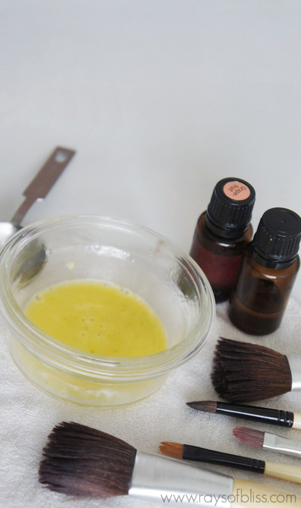 Homemade Makeup Brush Cleaner with essential oils - Rays of Bliss