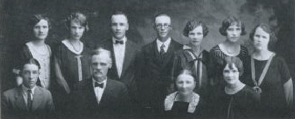 The Benjamin Isakson Family - Photo obtained from Ruth Dudero