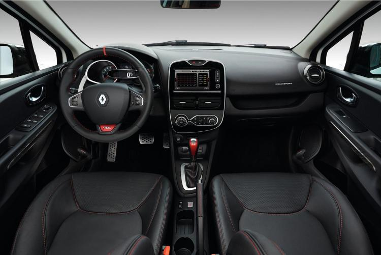 renault_clio_rs220_trophy_14